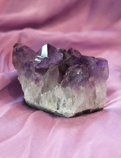 Amethyst-8x4x6cm