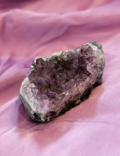 Amethyst-8x5x4cm